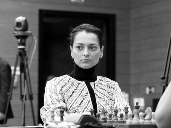 Alexandra Kosteniuk  (RUS)