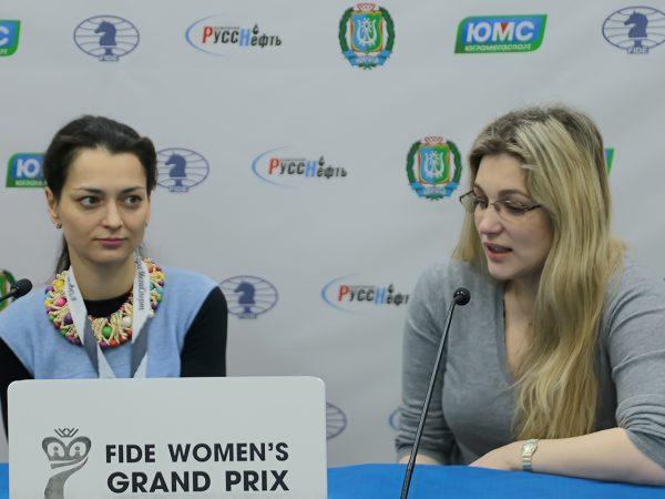 Alexandra Kosteniuk  (RUS) and Almira Skripchenko (FRA)