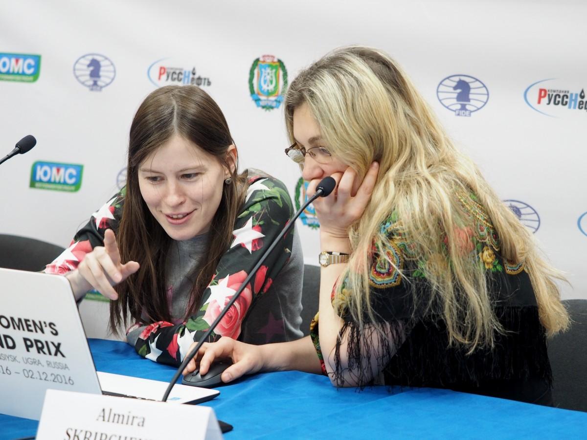 Almira Skripchenko (FRA) and Natalia Pogonina (RUS)