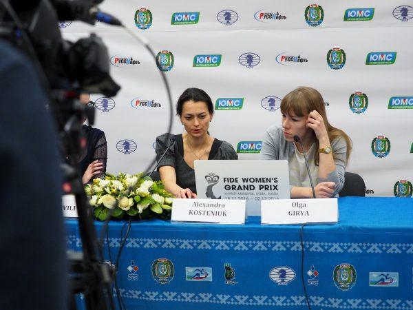 Alexandra Kosteniuk (RUS) and Olga Girya (RUS)