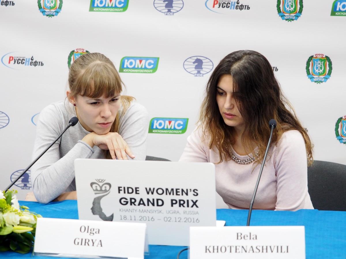 Olga Girya (RUS) and Bela Khotenashvili (GEO)