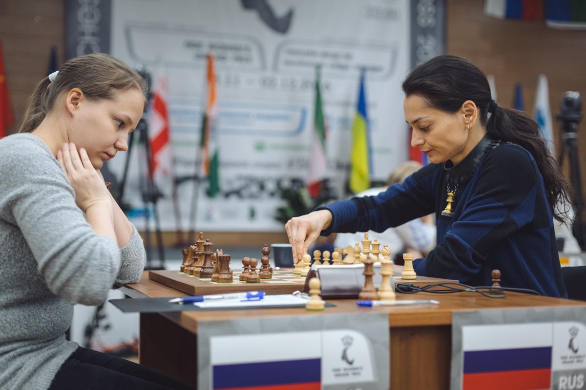 Alexandra Kosteniuk (RUS) and Valentina Gunina (RUS)