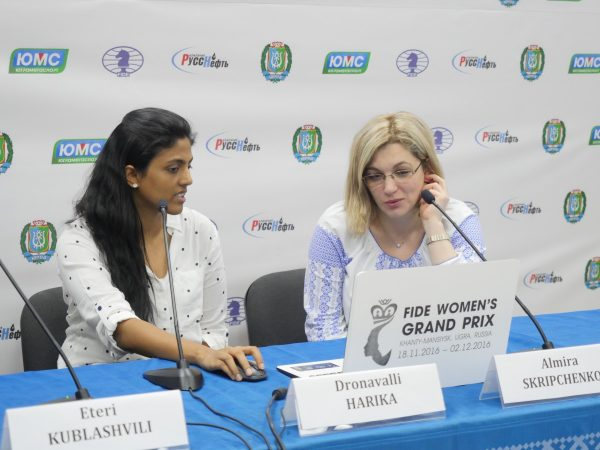 Dronavalli Harika (IND) and Almira Skripchenko (FRA)